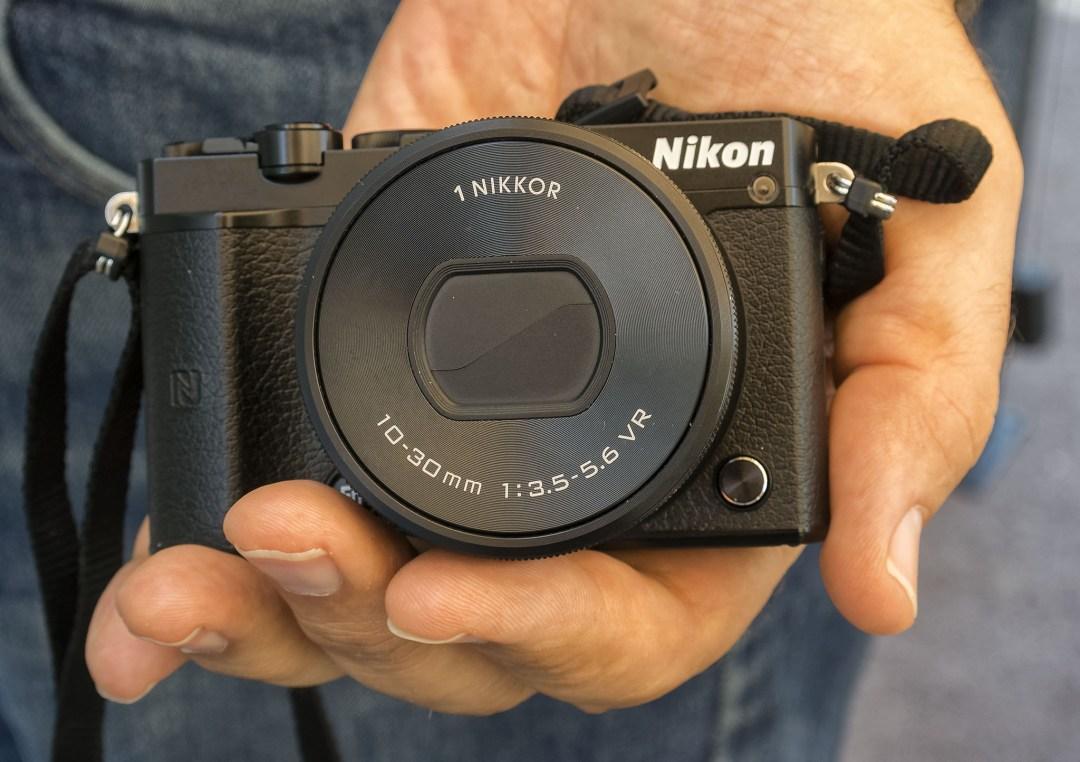 An Intimate Look At The Nikon 1 J5 20.8 MP Mirrorless Digital Camera