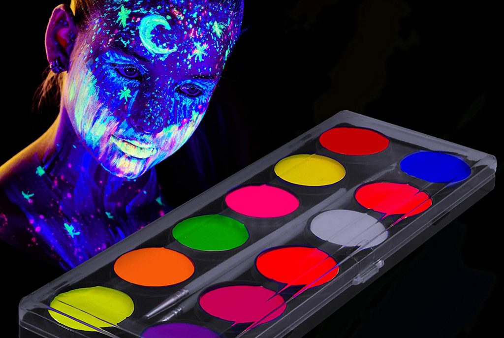 Tips to Buy the Best Glow in the Dark Paint Available